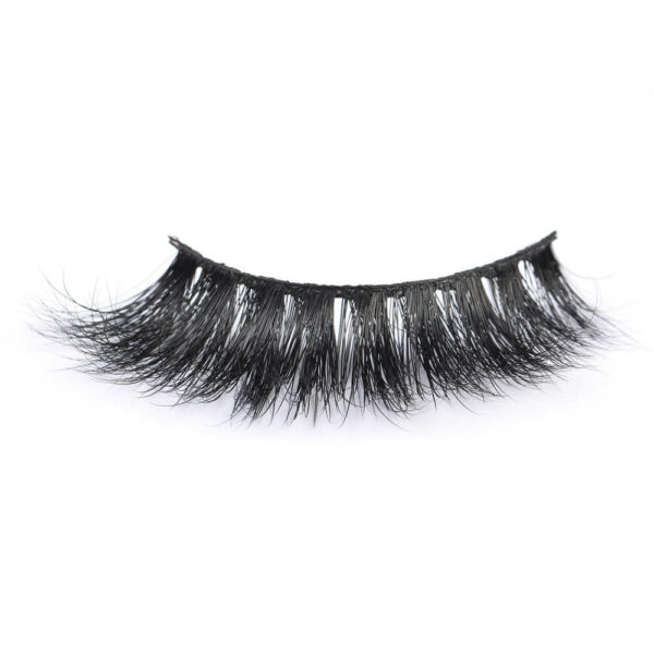 Eyelash Supplier Sell Real Mink Fur Strip Lashes with Private Box in 2020 MT106